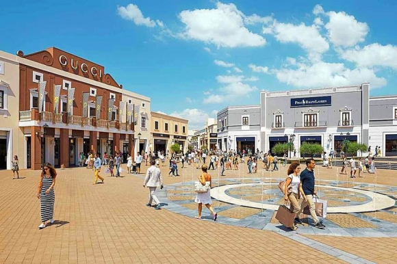 sicilia-outlet-village-private-shopping-tour