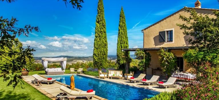 villa in tuscany  italy