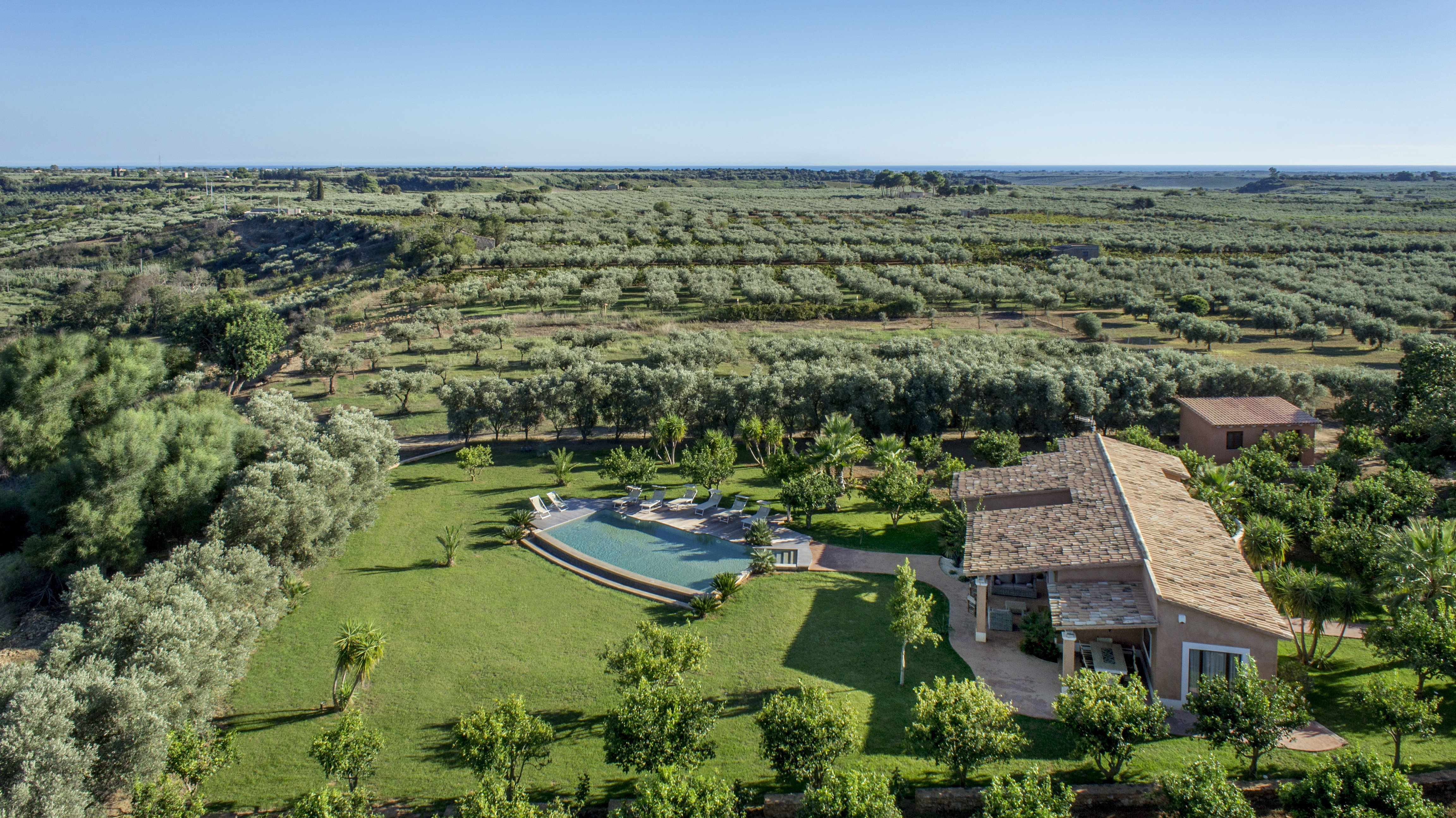 Villa Pigna blue Noto Sicily 24