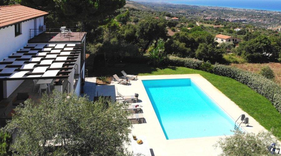 Villa Vittoria Cefalu Sicily_drone