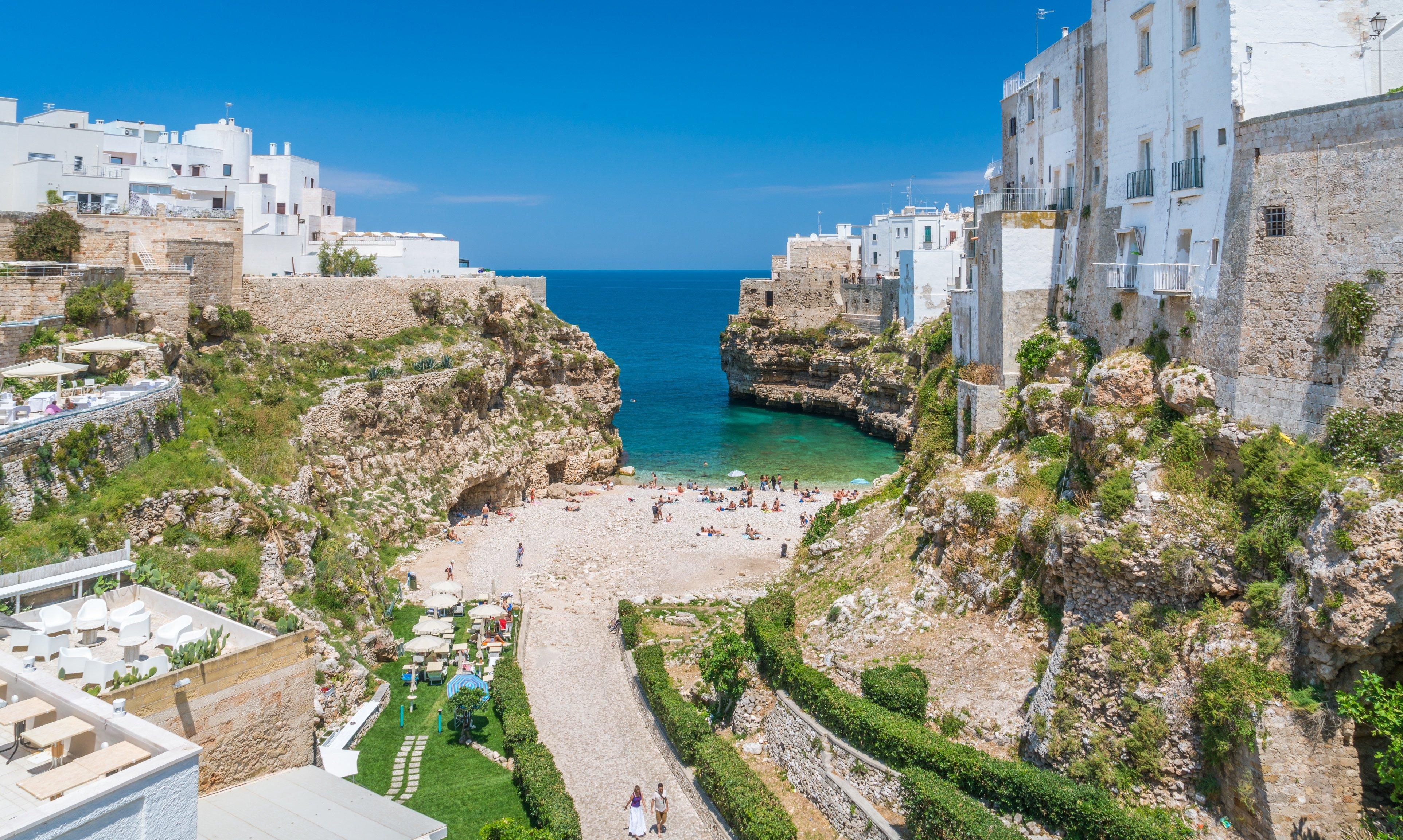 location image Villas in Puglia