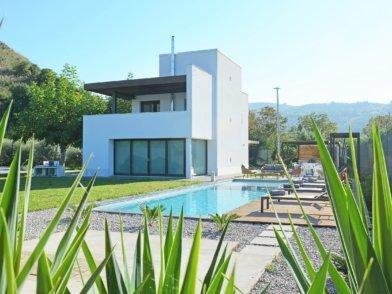 strutture-img image struttutura Villa Eleonora